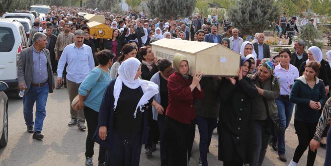 HDP'li milletvekilleri, 7 PKK'lının cenazesinde