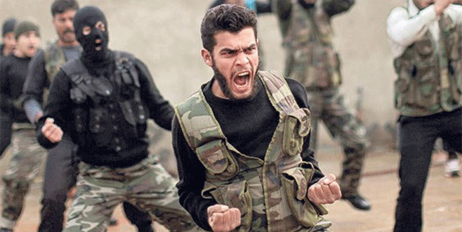 'Yeni Suriye Ordusu'nu İngilizler eğitecek