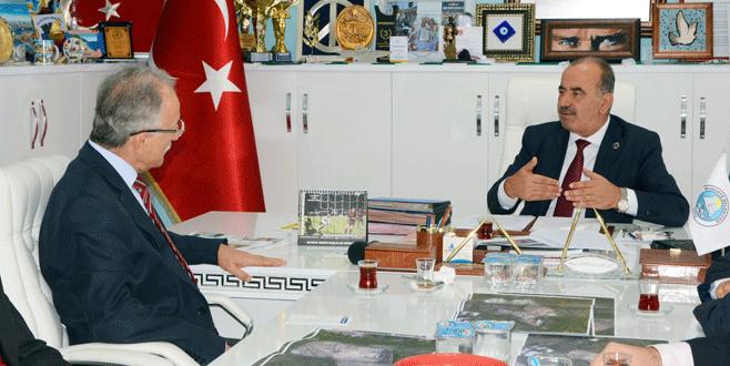 Karayalçın'dan Türkyılmaz'a ziyaret