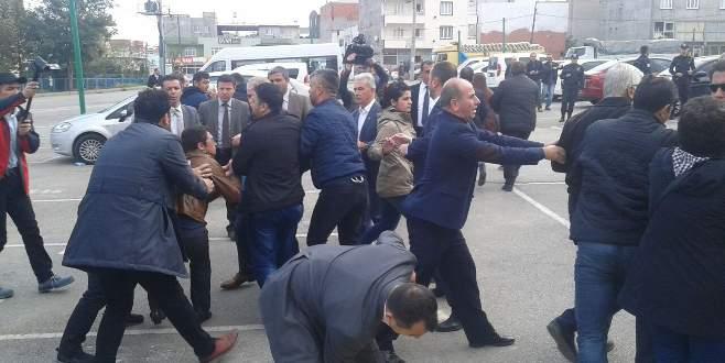 Bursa'da izinsiz gösteriye 10 gözaltı