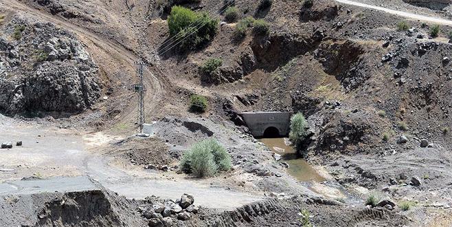 Temeli 20 yıl önce atılan barajda sona doğru