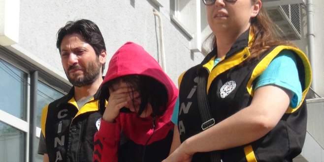 Üvey babasını öldüren genç kıza hapis istemi