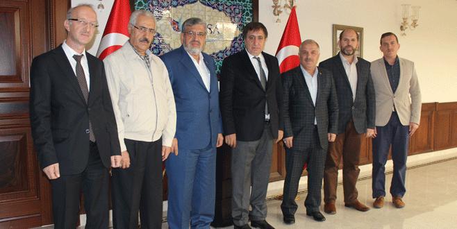 Gönüllü Kuruluşlar'a Vali Küçük'ten destek