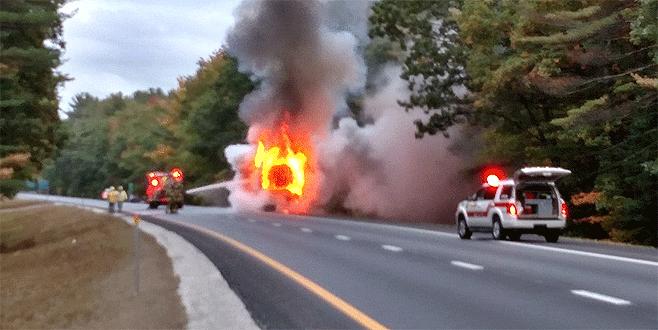 Otobüs şoförü yolcu tarafından yakılarak öldürüldü