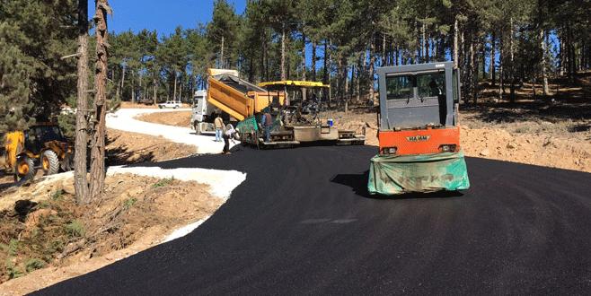 Büyükorhan'da yollara 31 milyonluk yatırım
