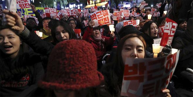 Güney Kore'de siyasi skandal