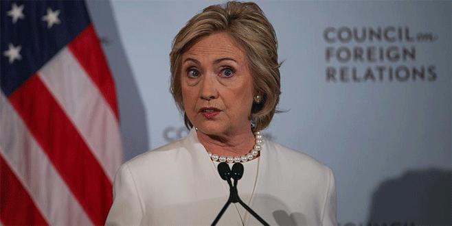 Clinton e-postalarıyla ilgili FBI'a yeni soruşturma izni