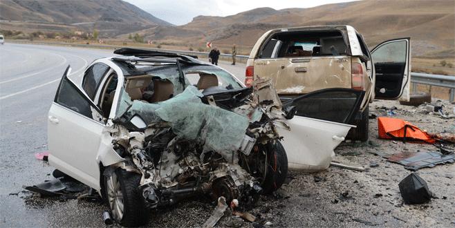 Feci kaza: Biri bebek 5 ölü