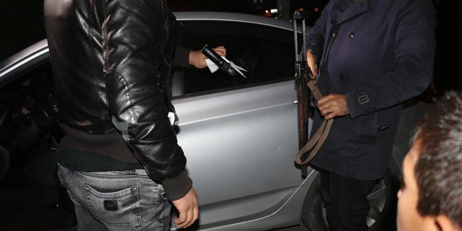 Beyoğlu'nda şüpheli araç alarmı