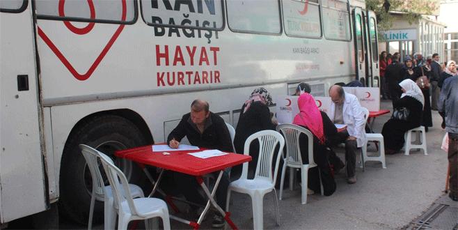 Bursa'da kan bağışı için sıraya girdiler