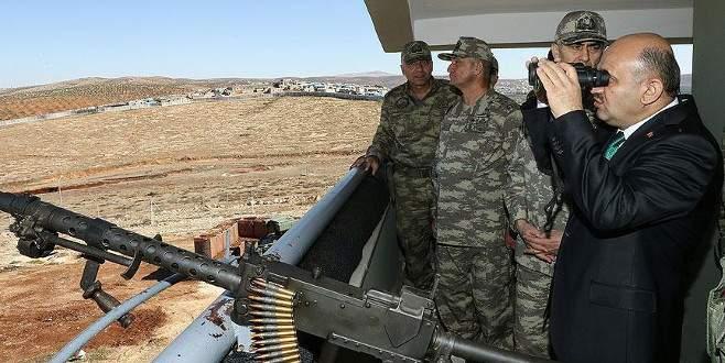 Milli Savunma Bakanı Fikri Işık sınırda