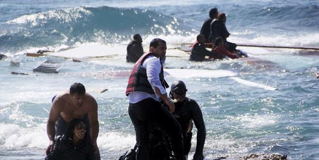 Libya açıklarında 239 sığınmacı öldü