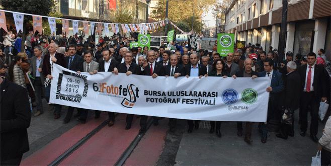 6. BursaFotoFest yürüyüşünde coşku doruğa ulaştı
