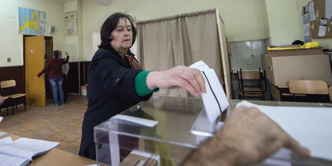 Bulgaristan cumhurbaşkanlığı seçimi için sandık başına gitti