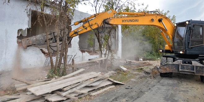 Bursa'da kaçak yapıya taviz yok