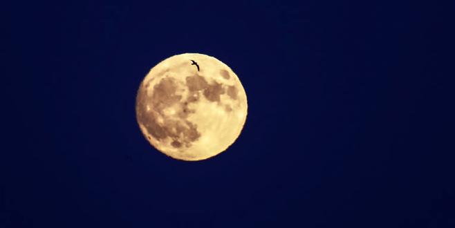 'Süper Ay'a saatler kaldı
