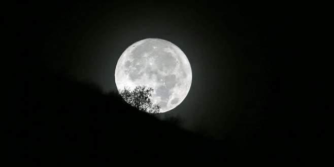 7,8'lik depremin nedeni Süper Ay mı?