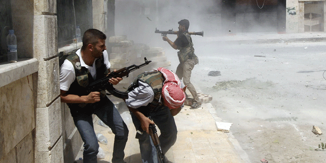 Özgür Suriye Ordusu militanları birbirine düştü