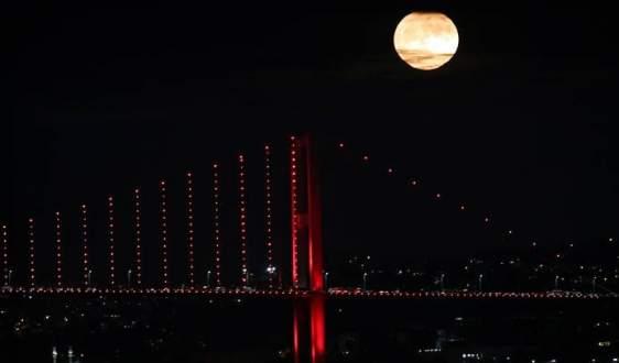 Süper Ay Türkiye'de görüntülendi