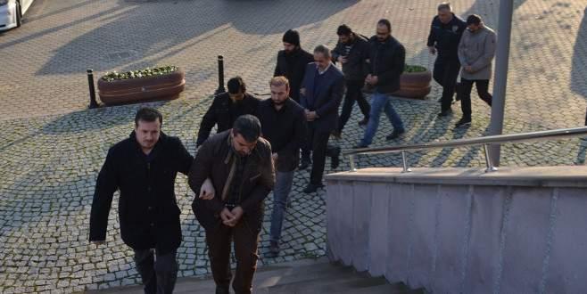 İnegöl'de FETÖ'cü 5 iş adamı gözaltına alındı