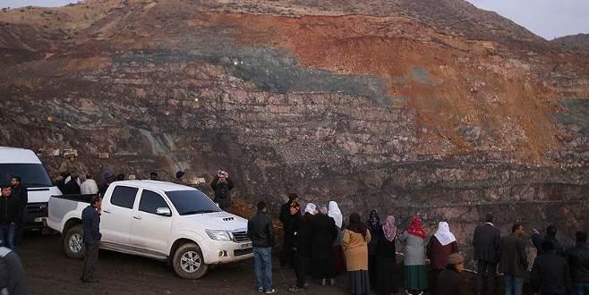 Siirt'teki göçüğün yol açtığı facia gün ağarınca ortaya çıktı