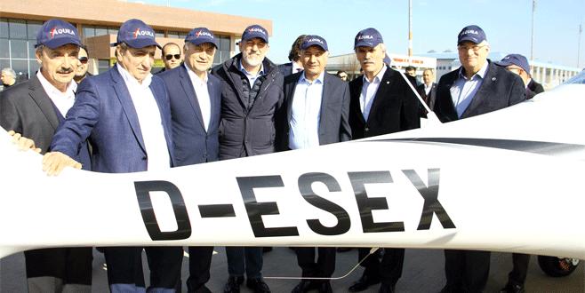 Bursa Valisi Küçük ve Efkan Ala 'Türk Kartalı'nı inceledi