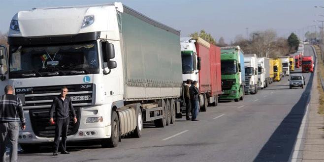 Bulgaristan sınır kapılarında yoğunluk