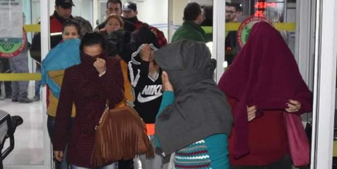 Fuhuş operasyonunda çoluklu çocuklu kadınlar gözaltına alındı