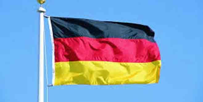 Almanya İncirlik'e alternatif arıyor