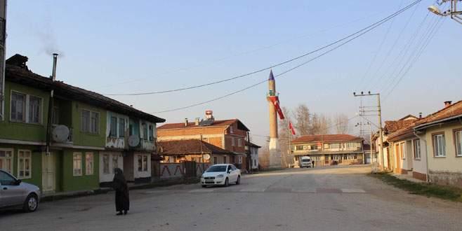 Bu köyün minaresi var, camisi yok!