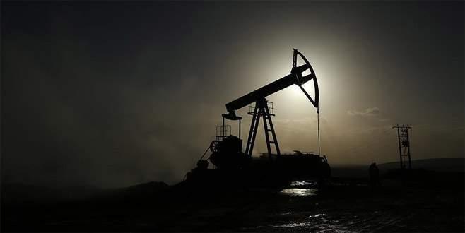 OPEC petrol üretim seviyesini düşürme kararı aldı
