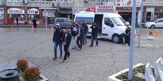 Bursa'da sosyal medya operasyonu: 3 kişi tutuklandı