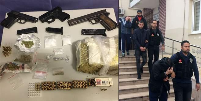 Narkotim ekipleri affetmedi: 3 kişi gözaltında