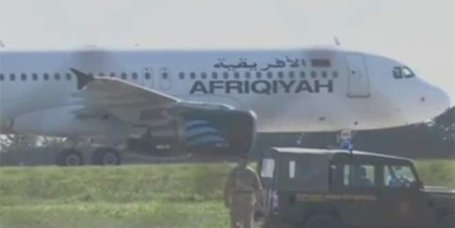 Libya yolcu uçağı kaçırıldı: Korsanlar gözaltına alındı