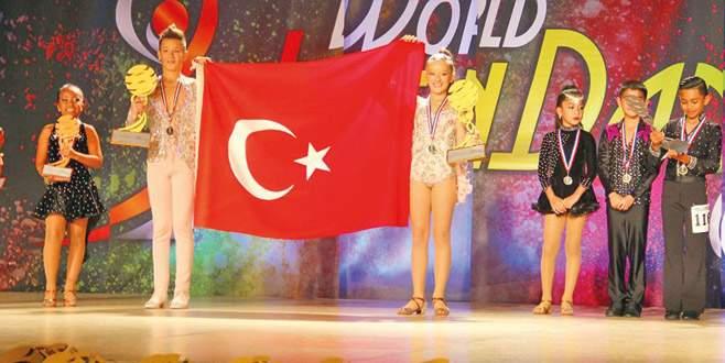 Bursalı dansçılar dünya şampiyonu