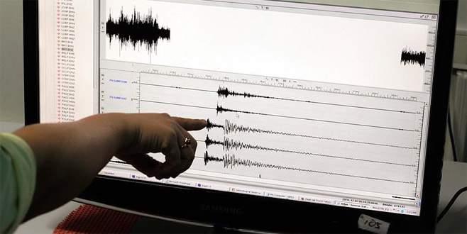 Romanya'da deprem! Türkiye'den de hissedildi
