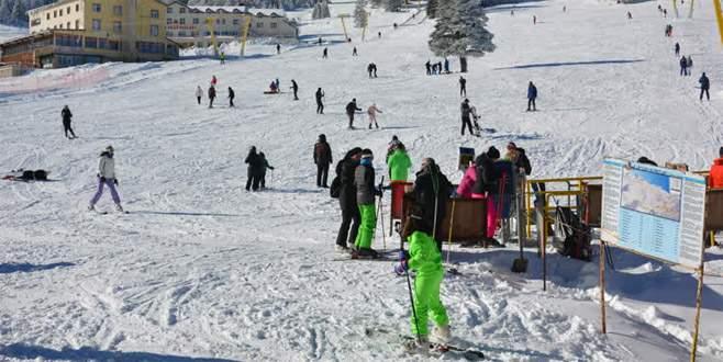 Uludağ'da kar kalınlığı 125 santimetre