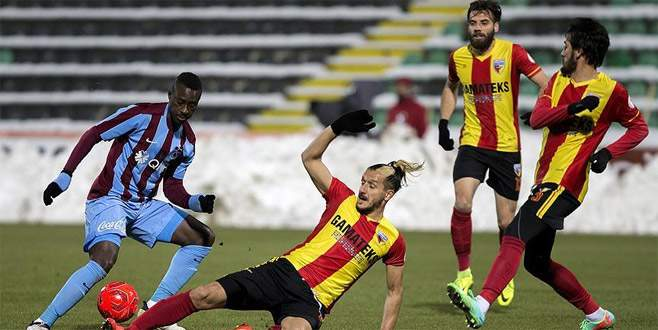 Trabzonspor kupada berabere kaldı