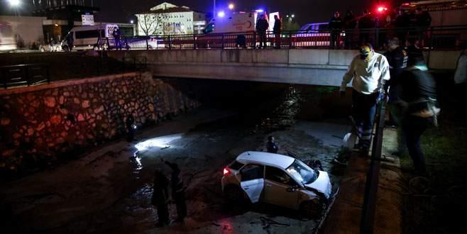 Bursa'da otomobil dereye uçtu: 1 ölü, 1 yaralı
