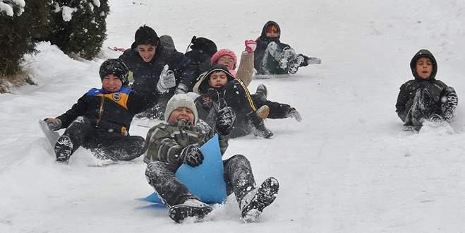 Eğitime bir gün kar engeli