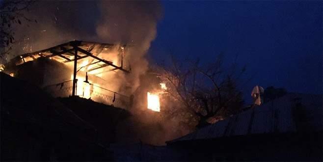 Yurt faciasının yaşandığı mahallede bir yangın daha