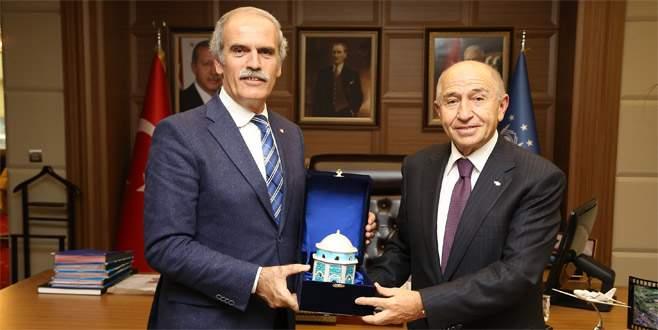 Nihat Özdemir'den Başkan Altepe'ye ziyaret