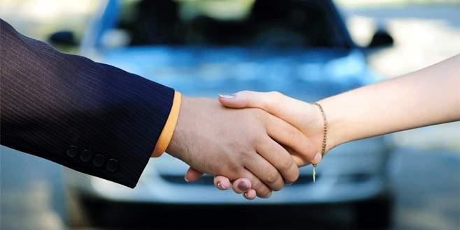 Otomotiv satışı ÖTV telaşı ile yılın zirvesinde