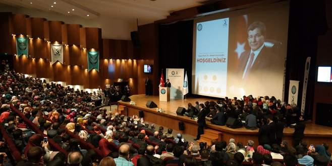 Ahmet Davutoğlu, Uludağ Üniversitesi'nde gençlerle buluştu