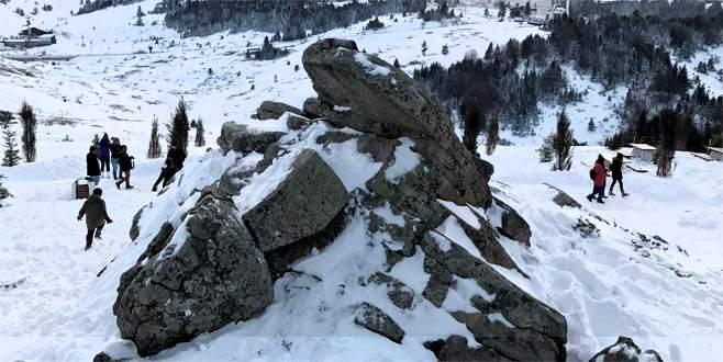 Uludağ'da kar kalınlığı 50 santimetreye ulaştı