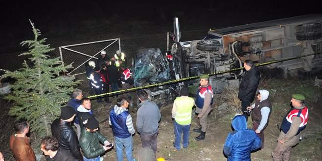 Bursa'da feci kazada hayatını kaybedenlerden 3'ü kardeş çıktı