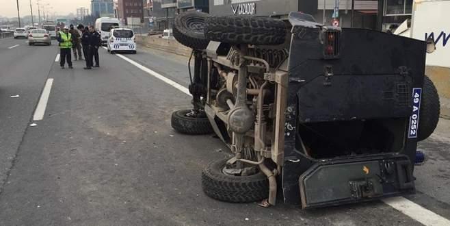 Kontrolden çıkan polis aracı devrildi: 4 yaralı