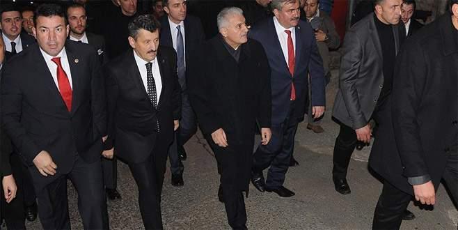 Başbakan Yıldırım'dan AK Parti ve MHP il başkanlıklarına ziyaret