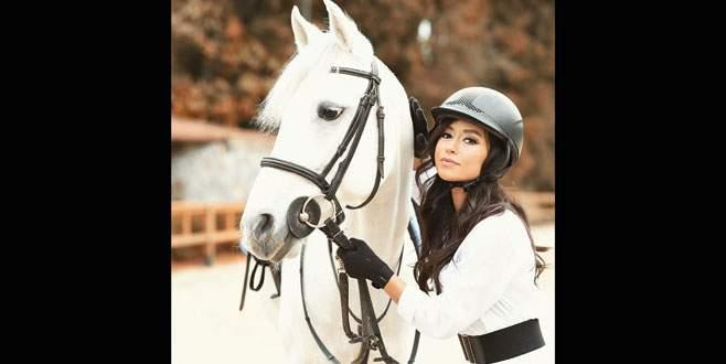 Tuğba'nın at sevgisi
