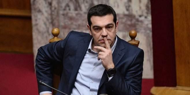 Yunanistan kritik bütçeyi onayladı